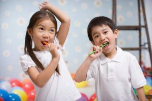 Lấy cao răng cho trẻ em