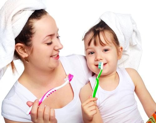 Chảy máu chân răng trẻ em 3