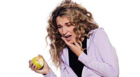 Dấu hiệu viêm chân răng dễ nhận biết 2
