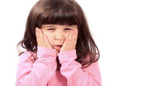 Có nên hàn răng cho bé không? Lý do 1