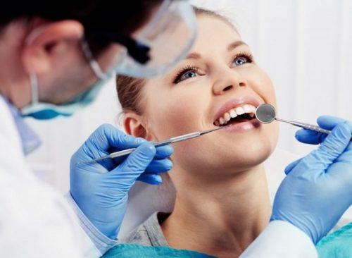 Trám răng sâu bao nhiêu tiền vậy? Nhờ tư vấn 1