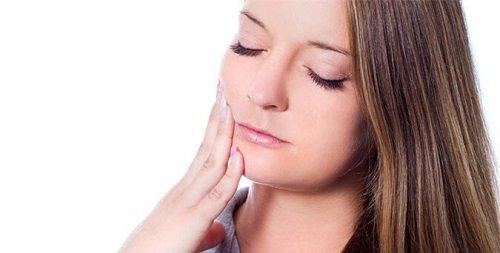 Bọc răng sứ bị cộm - Nguyên nhân và cách khắc phục 2