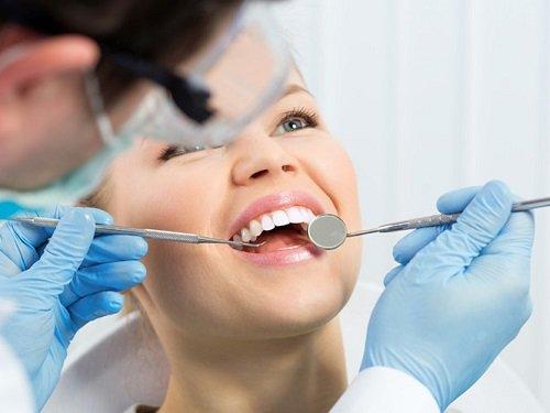 Bọc răng sứ có ảnh hưởng gì không tới quá trình ăn nhai? 3