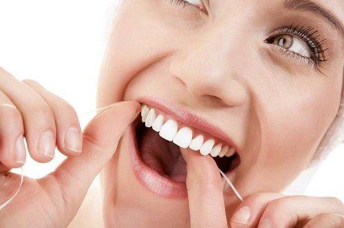 Làm răng sứ titan - Thông tin bạn nên biết khi lựa chọn 3
