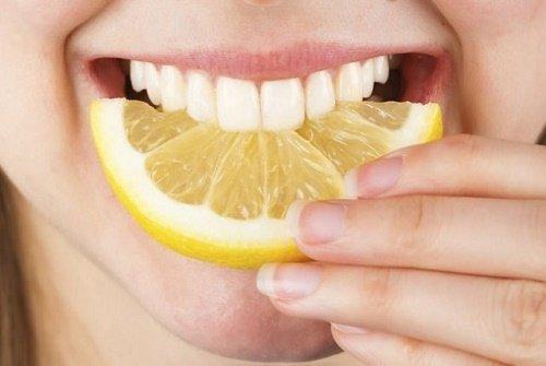 3 cách tẩy trắng răng trong 1 tuần hiệu quả vượt trội 1