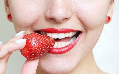 Tẩy trắng răng bằng than củi đem lại lợi ích gì? 3